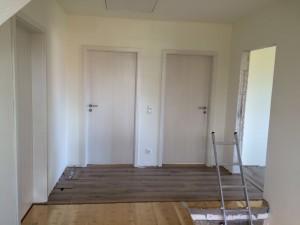 Die Türen zu den Kinderzimmern