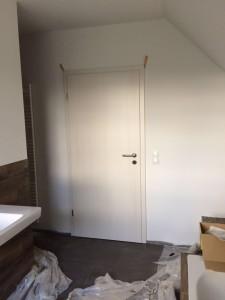 Die Tür vom Bad zum Flur